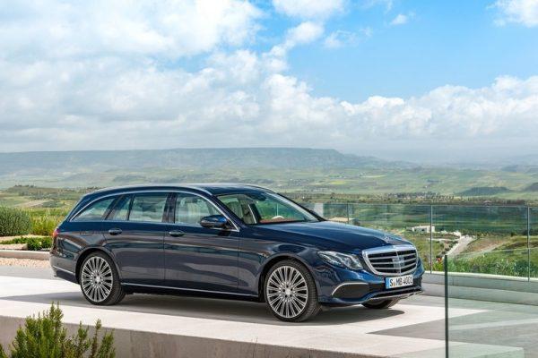 Mercedes-Benz-E-Class_Estate-2017-800-01
