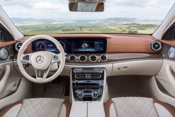 Mercedes-Benz-E-Class_Estate-2017-800-2f