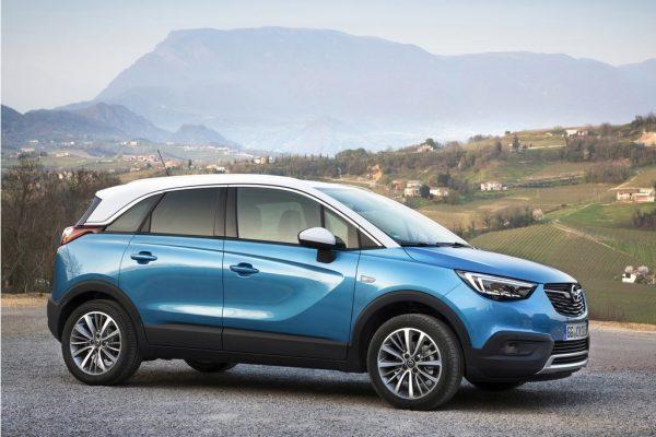 Opel-Crossland_X-2018-1024-07