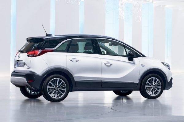 Opel-Crossland_X-2018-1024-2b