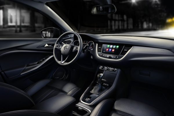 Opel-Grandland_X-2018-1024-07
