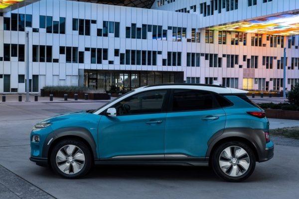 Hyundai-Kona_Electric-2018-800-12