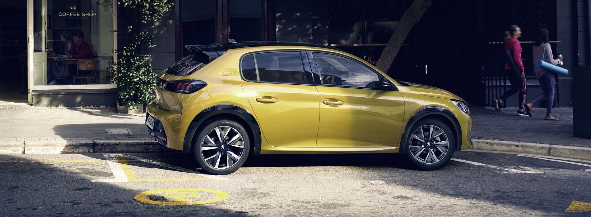 Nuova Peugeot 208: l'auto compatta per tutte le età