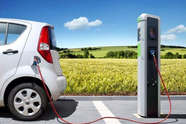 Noleggio auto lungo termine elettriche sportive city car