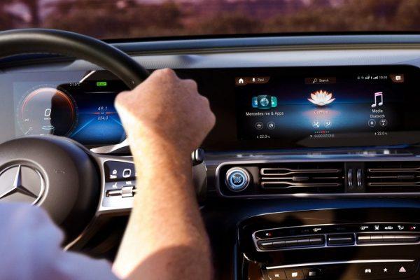 Noleggio auto lungo termine EQC Mercedes 5