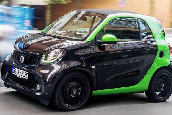 3618317_1159_smart_fortwo_electric_drive_2017_1600_07