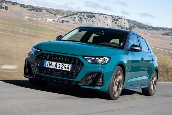 Audi-A1_Sportback-2019-800-17