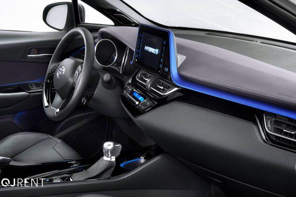 Noleggio lungo termine Toyota C-HR business 7